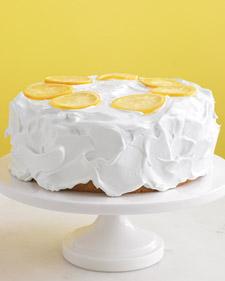 Med104694_0509_lemon_cake_l