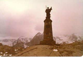 St bernard statue